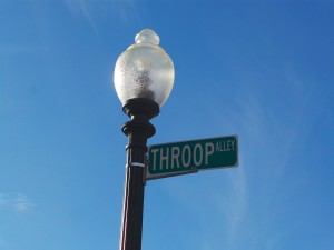 Throop Alley